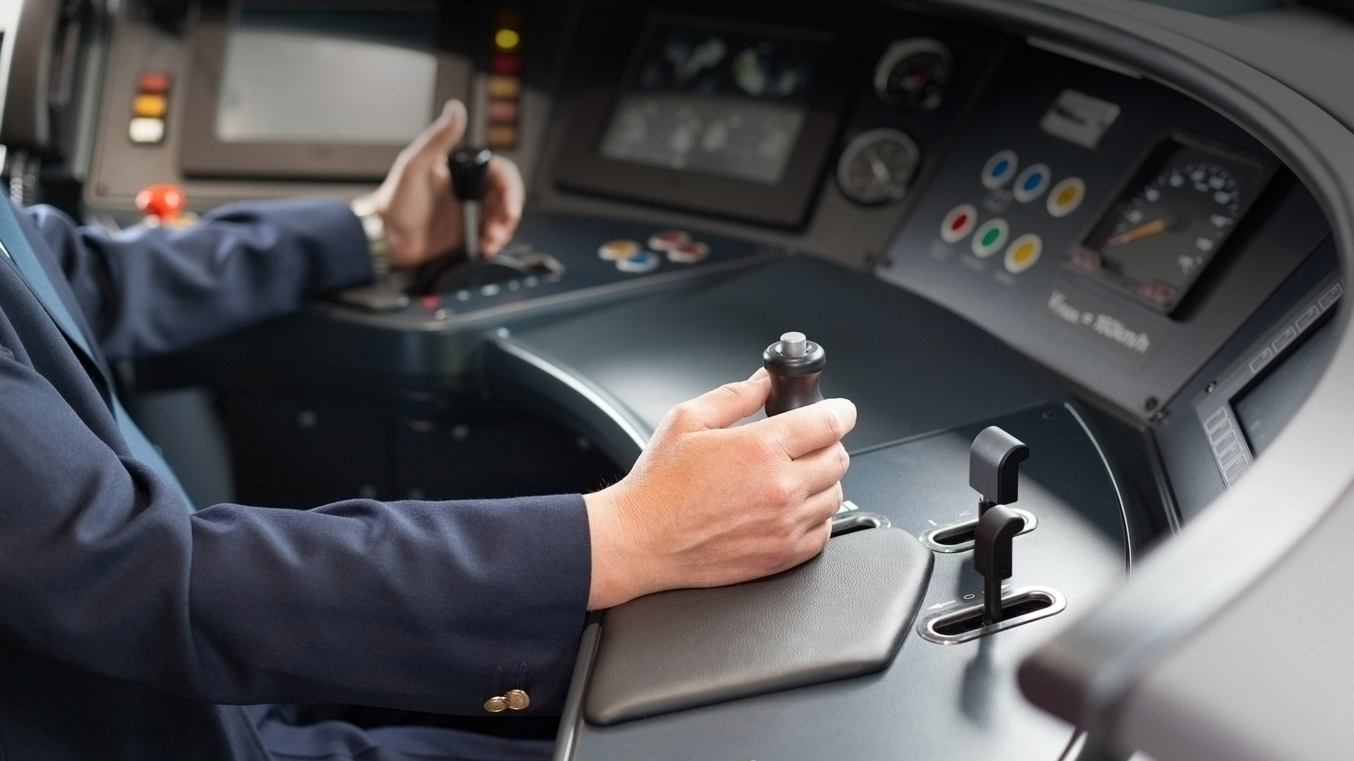 Train cockpit visualizes the topic of driver assistance systems: rotation rate sensors for driver assistance systems