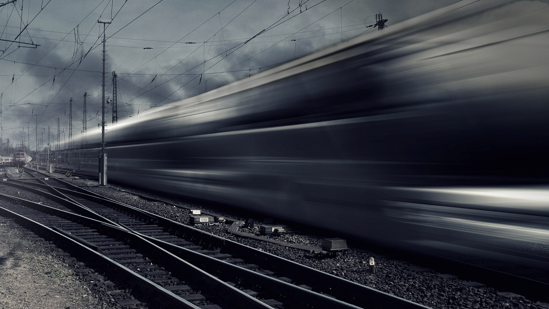 High-speed train visualizes the topic of derailment protection: sensors for train protection systems